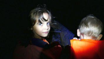 dzieci w łódce